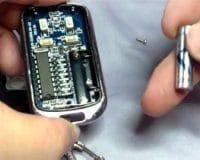 Sửa khoá cửa cuốn : sửa chữa remote khoá cửa cuốn, tay điều khiển từ xa ... Bảo hành 01 tháng